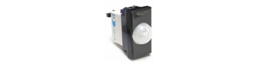 Sensori infrarosso o doppia tecnologia da incasso